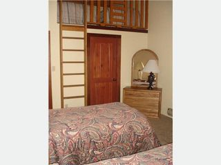 Taos Ski Valley condo photo - Twin bedroom with loft