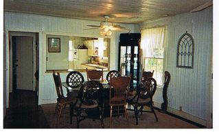 Folly Beach house photo - Indoor Dining Area seats 8,