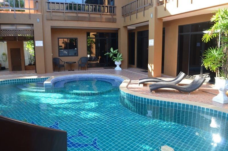 Highly Luxurious Large 3 Bed Pool Villa With Water Slide In Prime