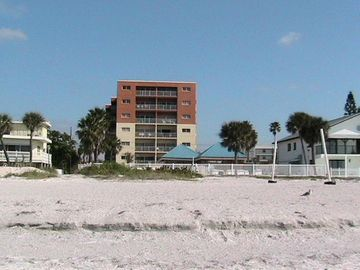 Redington Shores condo rental - Exterior Building view from beach