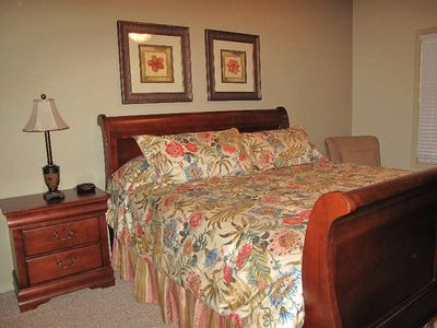 Branson condo rental - King-size second bedroom with private bath