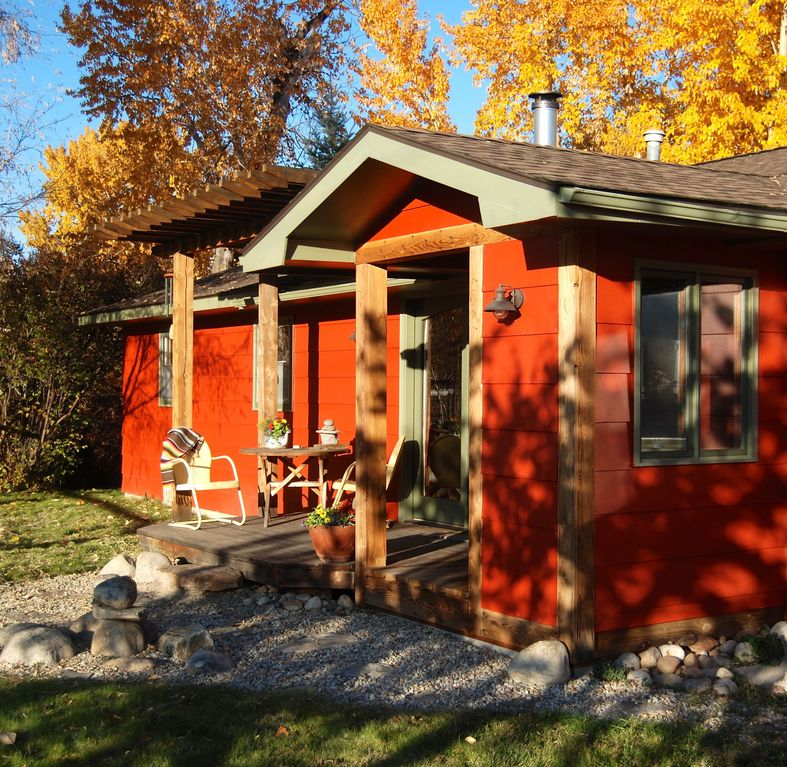 The Red House *$850/wk or $140/nt.... - VRBO