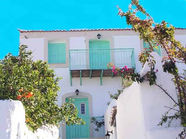 Accommodation near the beach, 100 square meters, , Póros