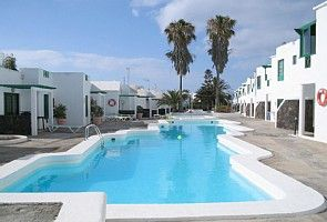 Puerto del Carmen apartment rental - pool area