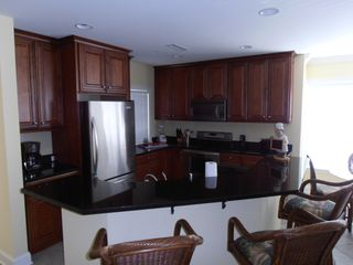 Belmont Towers Ocean City townhome photo - Fully equiped kitchen w/ stainless steal appliances and granite countertops