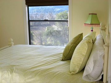 Second Bedroom Overlooking Vineyards