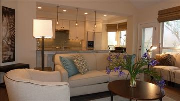 New Renovation with New Upscale Furnishings!