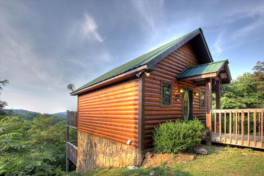 Vrbo wears valley vacation rentals for Wears valley cabin rentals secluded