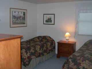Hyannis - Hyannisport house photo - Twin Bedroom