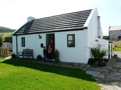 Traditional charming Irish country cottage with beautiful sea views.