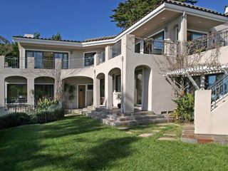 Tiburon house photo - All downstairs bedrooms have doors to large lawn area with bay and sunset views