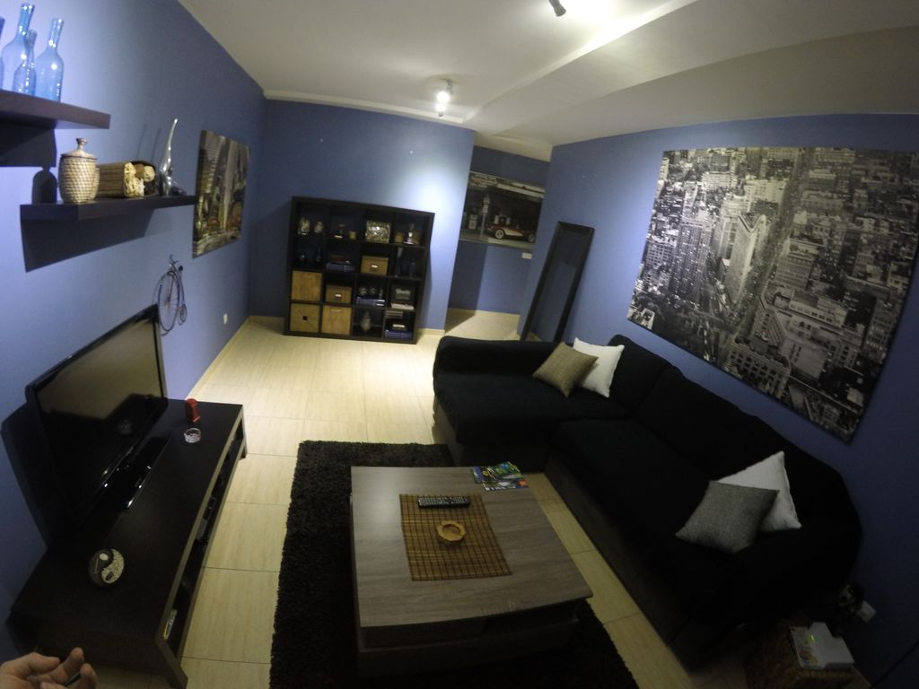 Apart modern luxury and very central with wifi