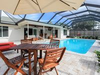 3 Bed, 2 Bath Home - Close To Sanibel Island, Airport - Includes Private Pool