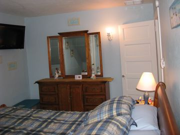2nd floor queen bedroom - large closets - ceiling fans in all brs + C/A in home