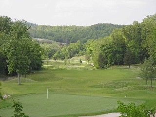 Green at Ledgestone Golf Course - Open all year round!
