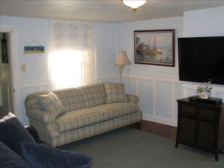 Cape May house photo - 2nd 1st floor sitting area w/flat screen TV & queen sofa bed