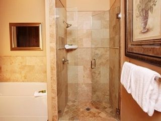 The Canyons townhome photo - Master Bath with shower and soaking tub