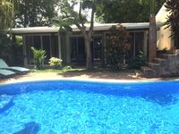 Villa Almendro - Luxury, modern two-bedroom, two-bath villa in the heart of Tamarindo .
