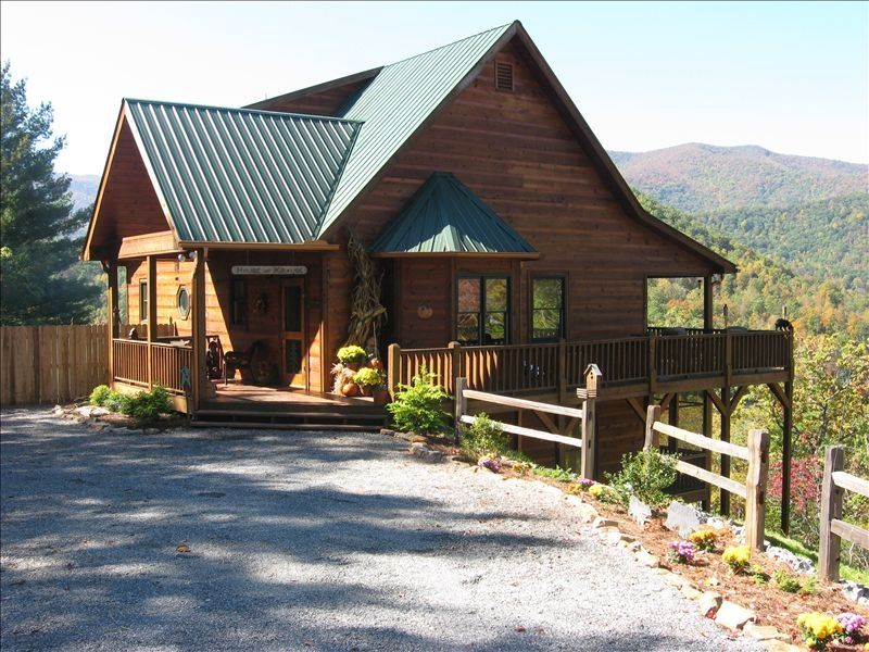 Enjoy spring and summer in the ne georgia mountains from for Rent a cabin in georgia mountains