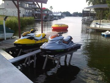 Jet ski / sea doo AVAILABLE FOR RENT!