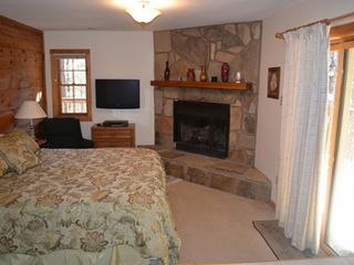 Gatlinburg chalet photo - Master suite has fireplace, jacuzzi, and a beautiful view.