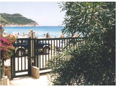 Property with entrance in front of the beach