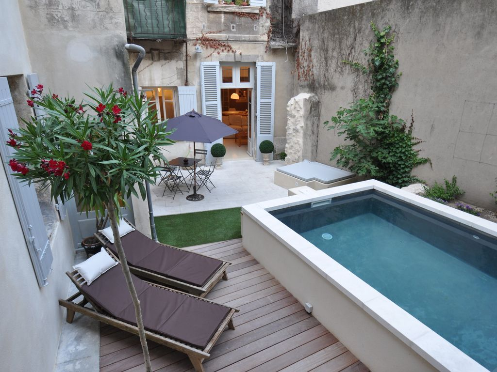 Appartement atypique avec piscine en centre ville d for Location appartement atypique toulouse centre