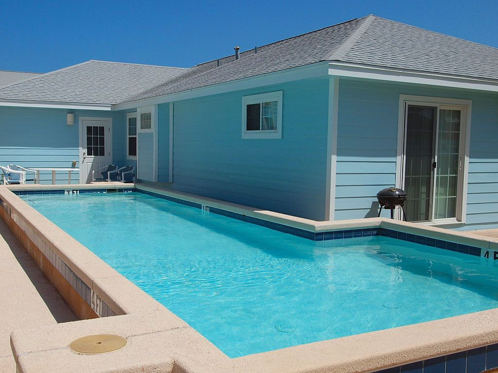 Blue Water Cottage Private Home Sleeps 10 12 Vrbo
