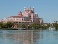 Luxury Casita in Historic Don Cesar Place in St Pete Beach
