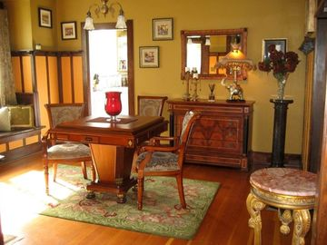 Parlor featuring a game table