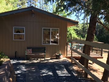 Auburn cottage rental - Welcome to the Cottage