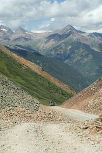 Jeeping in the San Juan Mountains over the Million Dollar highway is so fun !