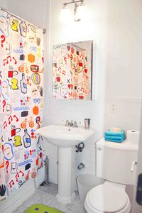 Upper East Side apartment rental - bathroom