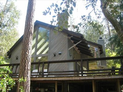 Creekside Cabin Near Yosemite National Park