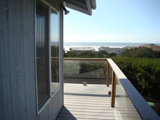 Waldport house photo - Another view of the ocean from the northside deck