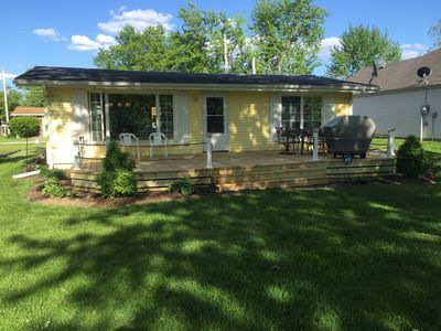 Lake Wawasee channel front cottage, family friendly, booking now for next summer