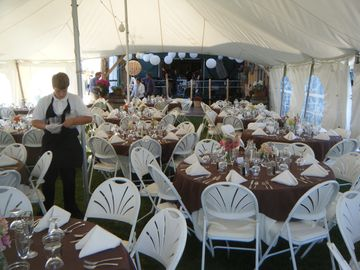table n chairs for 150 people