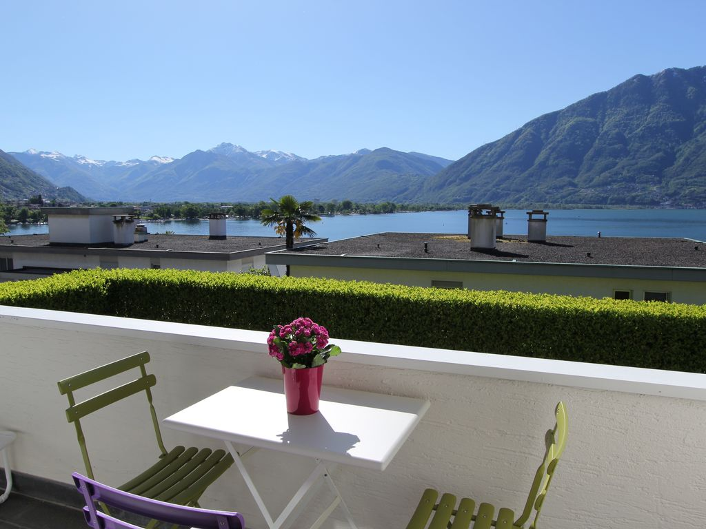Holiday apartment, close to the beach, Minusio, Ticino