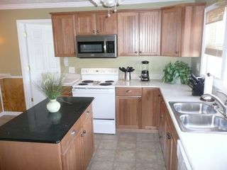 Crescent Beach house photo - Beautiful new gourmet kitchen!