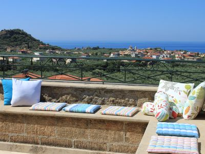 Traditional Stone Villa With Great View At The Sea