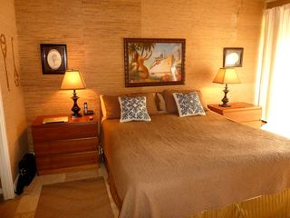Kahuku - Turtle Bay condo photo - Master with en-suite and king size bed