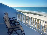 Beachfront! Pet Friendly, Remodeled, Amazing Sunsets, Pool, Dock, 50+ Reviews!