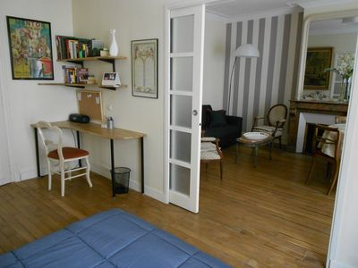 15th Arrondissement Vaugirard apartment rental - Front bedroom 2 - desk & Connect. wifi