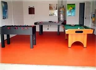 ALL YOU REQUIRE IN THIS GAMES ROOM