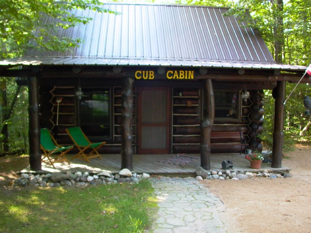 north woods log cabin located just south homeaway