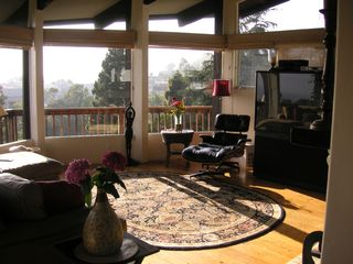 Laguna Beach house photo - Comfortable View Living Area (Upstairs)