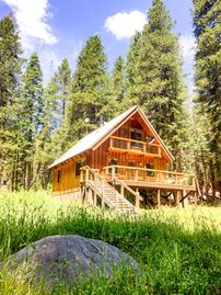 Tamarack cabin rental - Peace, serenity, and crystal blue skies.