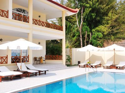 3 Bedrooms Private Pool, Sea view