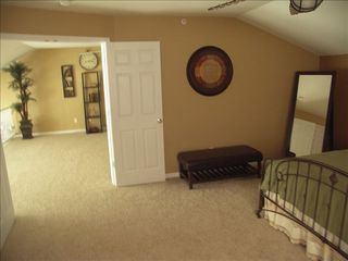 Camdenton condo photo - View from the upstairs guest bedroom into the loft area