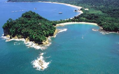 five minutes from Manuel Antonio Natl Park